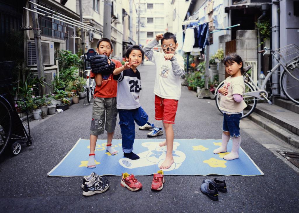 2002年、まだまだ昭和な路地裏で...